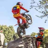 Another cool #mondaymotivation after a great weekend for the @rfme_oficial Junior Team!  #TrialGP  📸 @llucpmedia   @speatrialclub @originalwd40_es @wd40motorsports  #timefortrials #trial #comastrial #timefortrial #stunt #rfme #motorcycle #trrs #montesa #trials #bike #worldchampionship